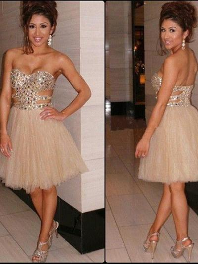 A-Line/Princess Sweetheart Tulle Sleeveless Knee-Length Beading Homecoming Dresses (022212315)