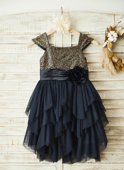 Fashion Knee-length A-Line/Princess Flower Girl Dresses Square Neckline Chiffon/Sequined Sleeveless (010210157)