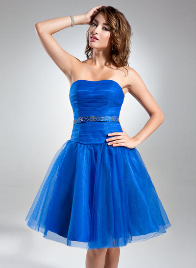 A-Line/Princess Sweetheart Tulle Sleeveless Knee-Length Ruffle Beading Cocktail Dresses (016015578)