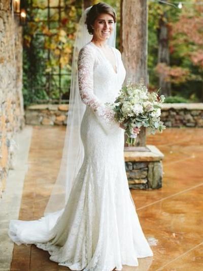 Luxurious Sweep Train Trumpet/Mermaid Wedding Dresses V-neck Lace Long Sleeves (002218056)