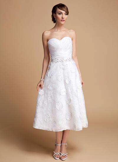 Flattering Tea-Length A-Line/Princess Wedding Dresses Sweetheart Organza Lace Sleeveless (002210423)