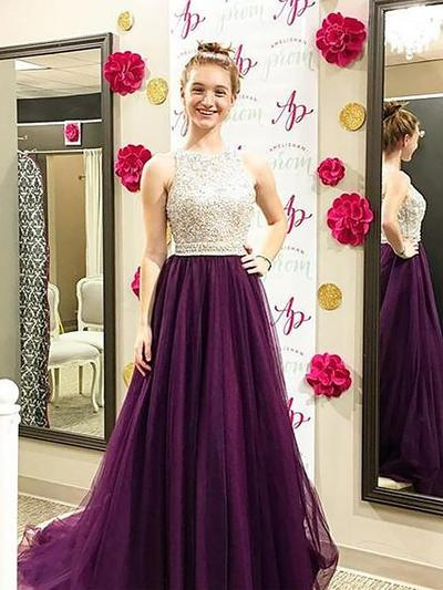 Tulle Sleeveless A-Line/Princess Prom Dresses Scoop Neck Beading Sweep Train (018148480)