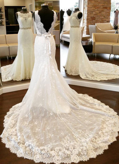 Fashion Cathedral Train Sheath/Column Wedding Dresses Scoop Lace Sleeveless (002146919)