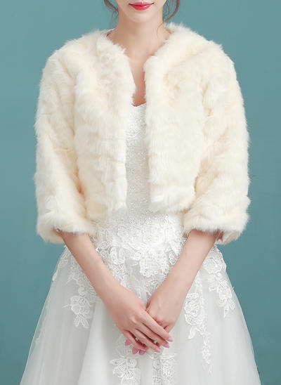 Wrap Wedding Faux Fur Champagne Wraps (013150324)