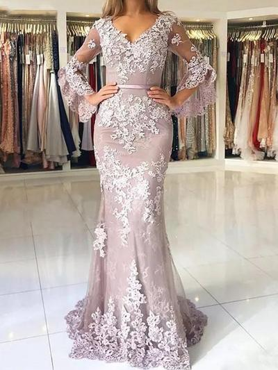 Trumpet/Mermaid V-neck Tulle Long Sleeves Sweep Train Appliques Lace Evening Dresses (017217856)