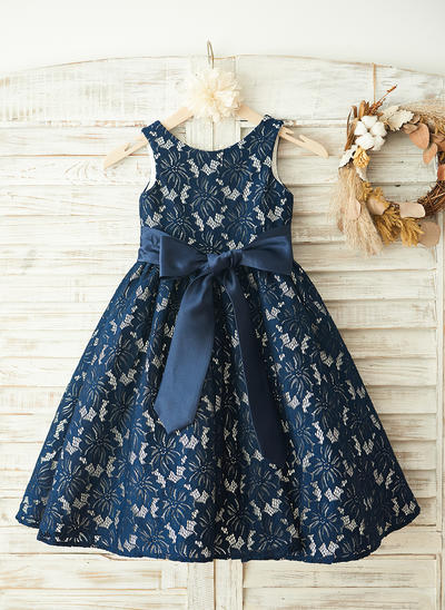 Beautiful Knee-length A-Line/Princess Flower Girl Dresses Scoop Neck Lace Sleeveless (010210156)
