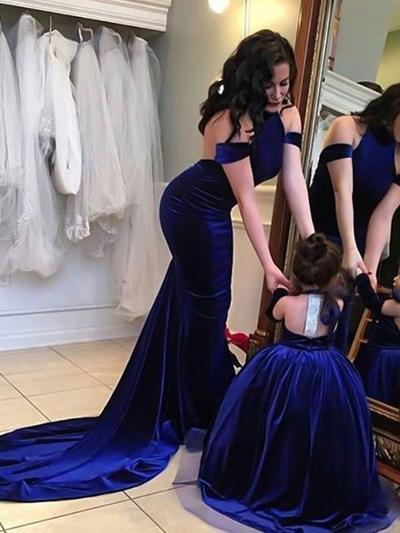Satin Short Sleeves Sheath/Column Prom Dresses Halter Sweep Train (018217895)