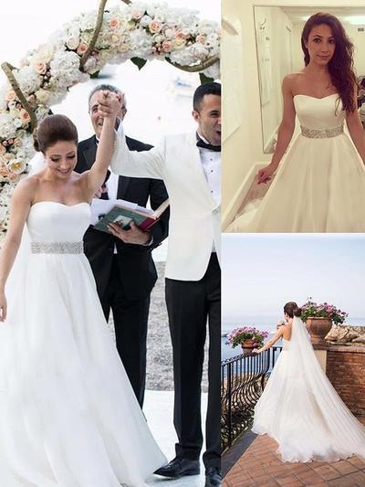Elegant Court Train Ball-Gown Wedding Dresses Sweetheart Tulle Sleeveless (002213508)