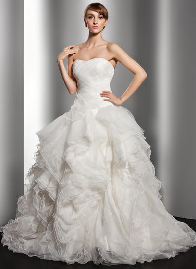 Glamorous Court Train Ball-Gown Wedding Dresses Sweetheart Organza Sleeveless (002196886)