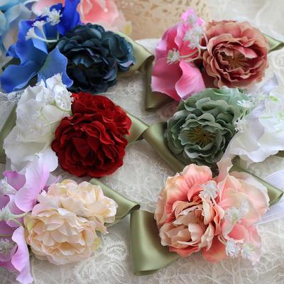 Armbandblume Rund Hochzeit Satin Die Farbe der Verzierungen als Bild/Color & Style Darstellung gezeigt kann je nach Monitor Brautstrauß (123189084)
