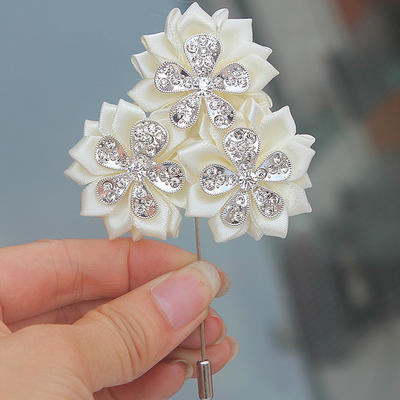"Boutonniere Free-Form Wedding/Party Satin 2.76"" (Approx.7cm) Wedding Flowers (123190408)"