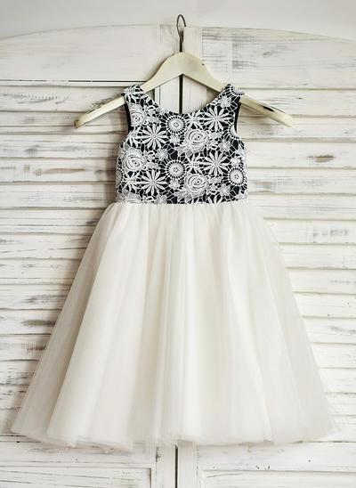 Magnificent Tea-length A-Line/Princess Flower Girl Dresses Scoop Neck Tulle Sleeveless (010210126)