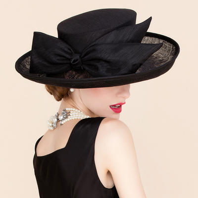 Cambric Bowler/Cloche Hat Beautiful Ladies' 58 Hats (196194031)