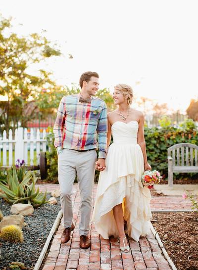 cheap sleeveless wedding dress