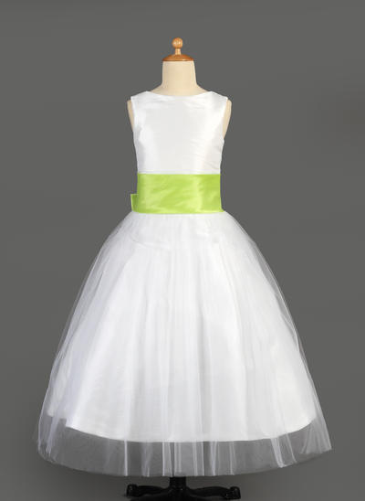 Delicate Floor-length A-Line/Princess Flower Girl Dresses Scoop Neck Tulle/Charmeuse Sleeveless (010014646)