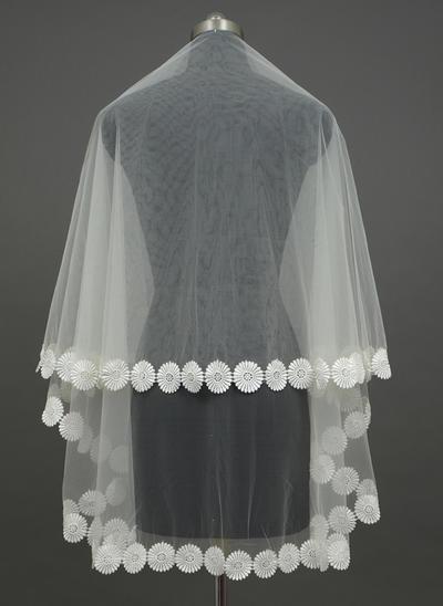 Fingerspitze Braut Schleier Tüll Einschichtig Klassische Art mit Spitze Saum Brautschleier (006151241)