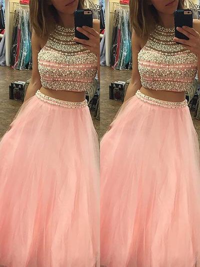 Tulle Sleeveless A-Line/Princess Prom Dresses Halter Beading Floor-Length (018210231)