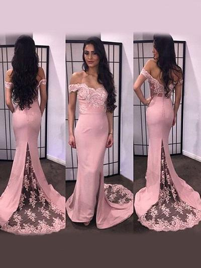 Satin Sleeveless Trumpet/Mermaid Prom Dresses Off-the-Shoulder Appliques Lace Split Front Sweep Train (018210355)