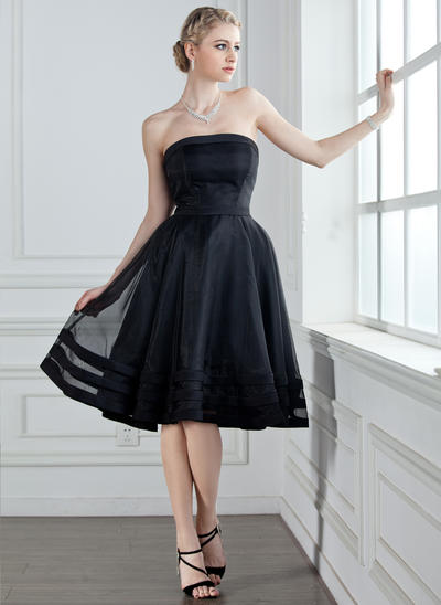 Organza Sleeveless A-Line/Princess Bridesmaid Dresses Strapless Knee-Length (007001813)