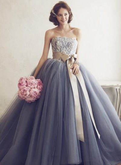 Tulle Sleeveless Ball-Gown Prom Dresses Sweetheart Appliques Floor-Length (018210364)