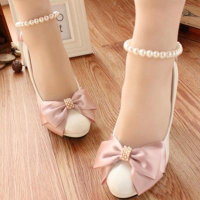 Frauen Geschlossene Zehe Absatzschuhe Stöckel Absatz Kunstleder mit Bowknot Nachahmungen von Perlen Brautschuhe (047206912)
