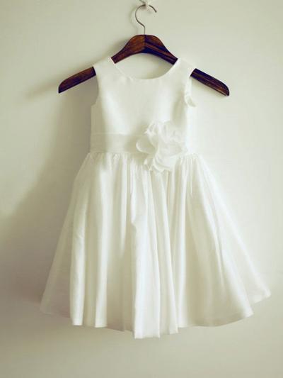 Chic Tea-length A-Line/Princess Flower Girl Dresses Scoop Neck Taffeta Sleeveless (010211933)