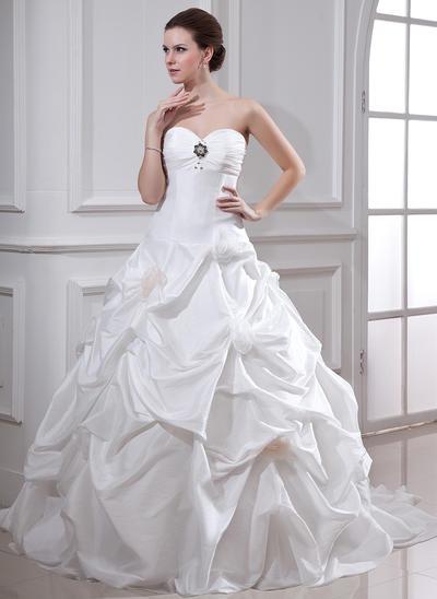 Elegant Chapel Train Ball-Gown Wedding Dresses Sweetheart Taffeta Sleeveless (002001719)