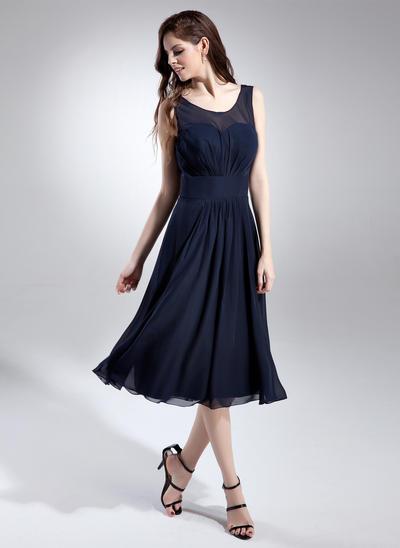 Chiffon Sleeveless A-Line/Princess Bridesmaid Dresses Scoop Neck Ruffle Knee-Length (007197658)