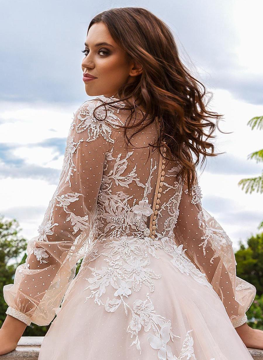 wedding dress 200